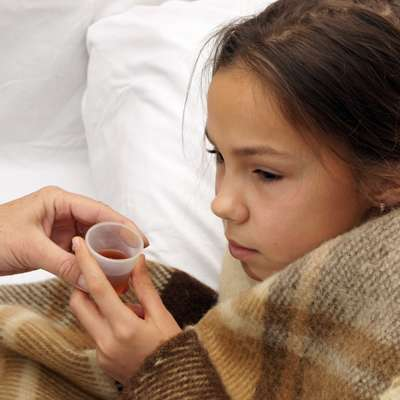 How to medicate a fever