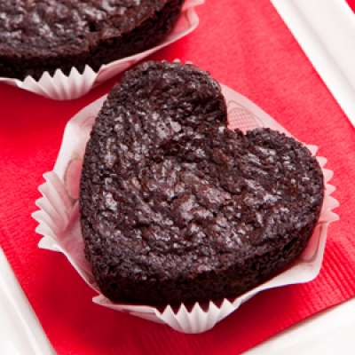 heart shape brownie