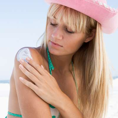 Physical vs. chemical sunscreen